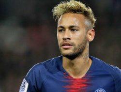 Barcelona Tawaran Neymar 100 Juta Euro