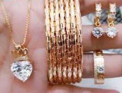 Perhiasan Titanium Berlapis Emas 24k Model Terbaru Dan Murah Di Pekanbaru | Okmart