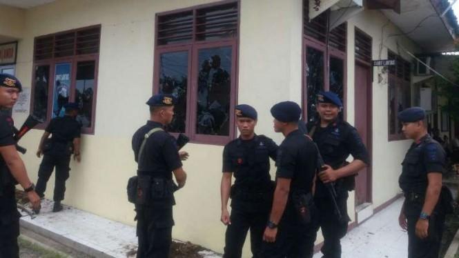 Inilah Nasib 67 Anggota TNI Penyerang Polsek Ciracas, Dipenjara 1 Tahun Hingga Dipecat