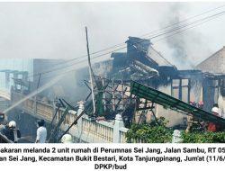 Kebakaran Hanguskan Rumah Warga di Sei Jang, 4 Mobil Damkar Dikerahkan