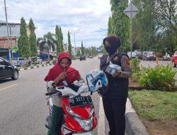 Srikandi Squad-01 Polres Merangin Semakin Exis Melakukan Patroli Sambang Kepada Masyarakat