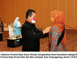 Gubernur Kepri Kukuhkan Dewi Kumalasari sebagai Bunda PAUD Kepri