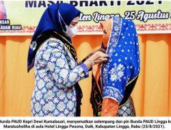 Dewi Kumalasari Kukuhkan Maratussholiha sebagai Bunda PAUD Lingga
