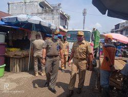Pol PP Bersama UPTD Pasar Tertibkan pedagang Yang Berjualan Di Ruas Jalan Pasar Baru Bangko