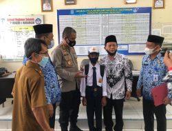 Viral Karena Memulung Sisa-Sisa Kebakaran, AKBP Irwan Andy Purnamawan S.I.K Ajak Nabil Ardiansyah Lanjutkan Sekolah